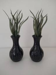 Par de vasos decorativos