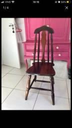 4 cadeiras em madeira maciça