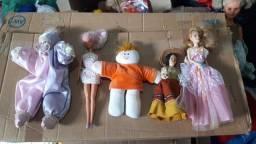 Bonecas na faixa de 5