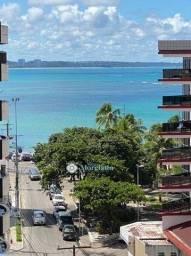 Apartamento com 3 suítes a 1 quadra da praia de Ponta Verde