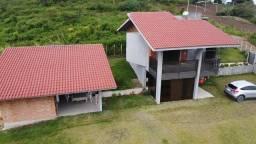 Luxuosa casa em Serra negra | 210 Metros | 4 Quartos |