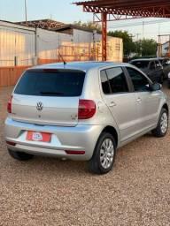 VW - Fox 1.6 iTrend - 2013