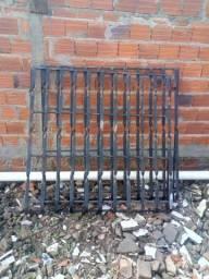 Grades de ferro R$ 200,00