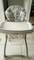 Cadeira de alimentação praticante nova