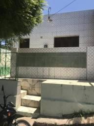 Alugo casa no Bairro Seminario