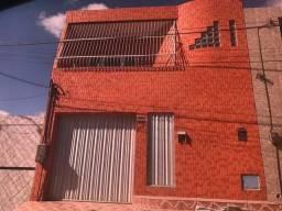 Duplex no Bairro Bom Sucesso. 300 mil