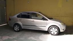Fiesta sedan prata 2006/2007 - 2006