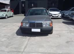 Mercedes-Benz 300 E - 1986