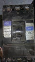 Vendo dijuntor para alta voltagem