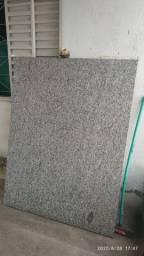 Pedra de granito polida p/ box de banheiro, bancada ou mesa - Uberaba-MG