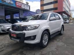 Toyota SW4 SRV - 2014/2014 - 7 Lugares - Diesel