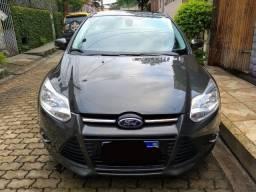 Focus Titanium Sedan 2014