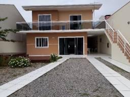 Casa em Bombinhas-Praia Morrinhos. 150m. do mar