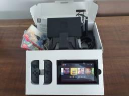 Nintendo Switch standard + 7 jogos usado