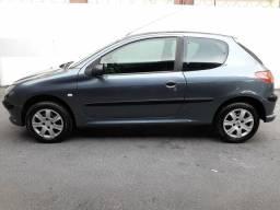 Peugeot 206 1.4 Flex ano 2006