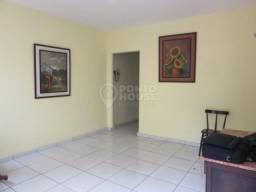 Sobrado 03 dormitórios e 01 vagas de garagem à venda no Bairro Ipiranga