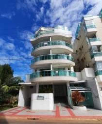 Apartamento 2 quartos com área externa na Praia da Bacutia.