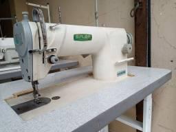Maquina de Costura Reta Industrial Siruba