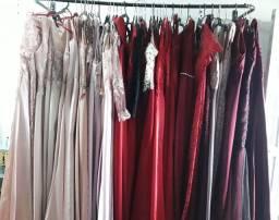 Lote de vestido de festa com 12 peças  R$1000