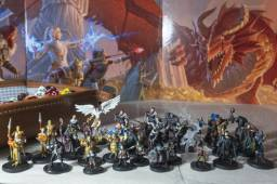 Miniaturas de D&D - Icons of The Realms - Starter Set - Drizzt - RPG Pathfinder