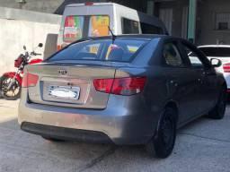 Kia Cerato 2010 gasolina