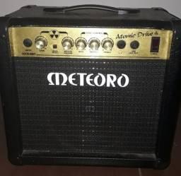 Amplificador de guitarra Meteoro Atomic Drive
