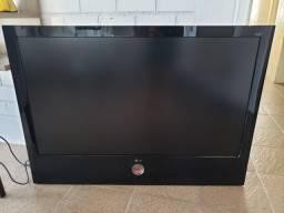 TV LCD LG Scarlet 47 - Bem Conservada, único dono
