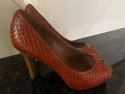 Sapatos Peep Toe Arezzo