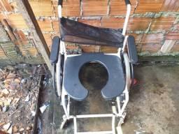 Cadeira de roda pra banho