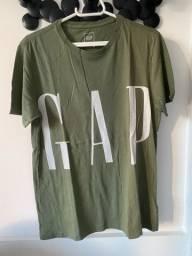 Camiseta verde musgo GAP