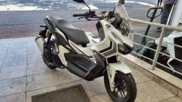 HONDA ADV BRANCA 150 cc