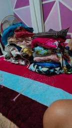 Lote de roupa pra bazar
