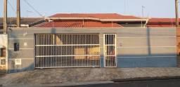 Linda casa térrea contendo 192,17m²  em terreno de 275m²  - Com habite-se