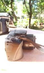 câmera semi profissional semi nova 550reais