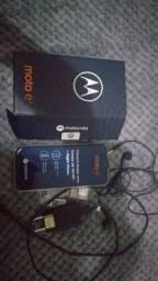 Vendo celular moto E7 com caixa carregador fone tudo original