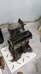 Motor AP 1.8 coletor MI e caixa de marcha