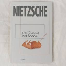 Livro Crepúsculo dos ídolos - Nietzsche (NOVO)