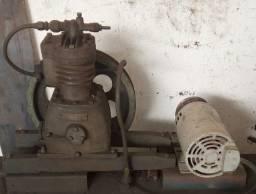 Cabeçote para compressor pneumático com motor elétrico trifásico
