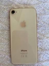 iPhone 8 64gigas  rose 2,300