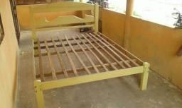 Vendo armação de cama casal