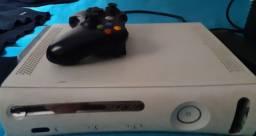 Vende-se XBOX 360 Funcionando Perfeitamente  (USADO)