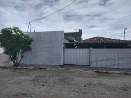 Vendo casa com esquina comercial em Tibiri