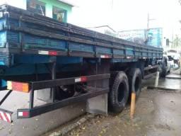 caminhão  mb 1519 carrocerria