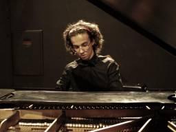 Aprenda Piano com um Pianista da USP