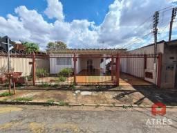 Casa com 3 dormitórios para alugar, 114 m² por R$ 1.500,00/mês - Setor Leste Vila Nova - G