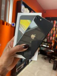 iPhone SE 64 + Garantia Apple - Vitrine