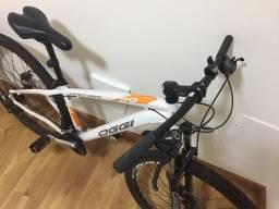 Bicicleta oggi hacker novinha aro 29