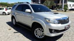 Toyota Hilux sw4 3.0 turbo diesel 2013 7 lugares - 2013