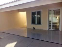 Casa nova, 3 suítes, varanda, garagem, sala estar e jantar, cozinha, próx ao Frotinha
