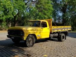Vendo F1000 - R$14.000 - 1982